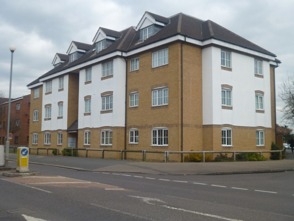 1-bed-flat-for-rent-waltham-cross